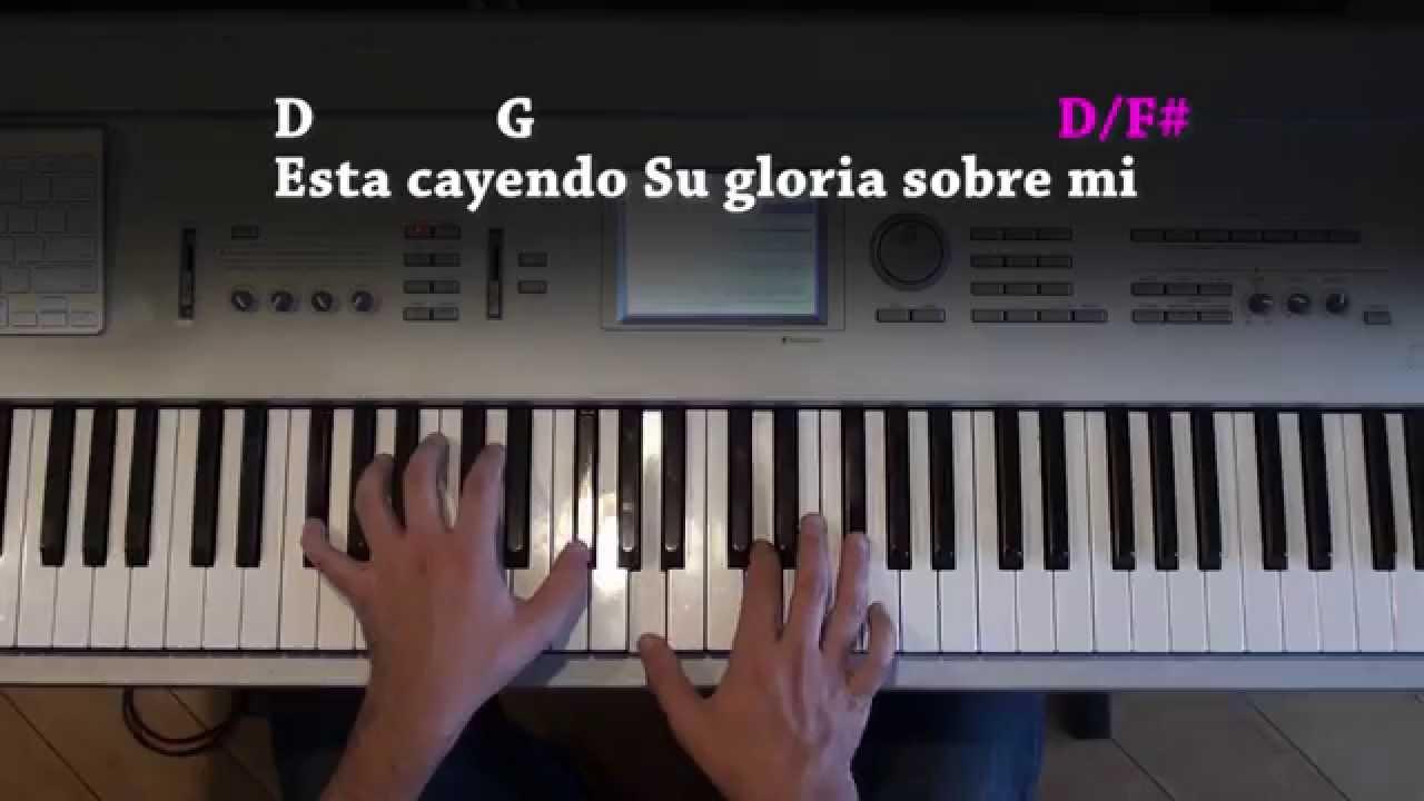 Algo Esta Cayendo Aqui - Piano - YouTube