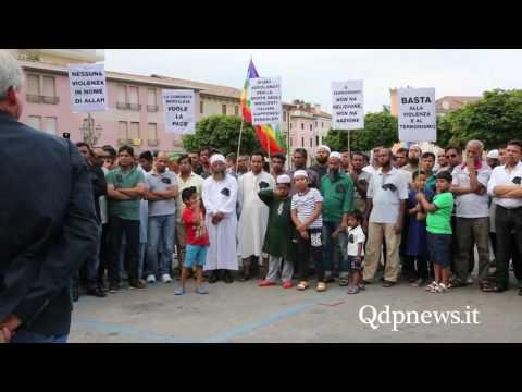 Pieve di Soligo, 7/7/2016: la comunità bengalese in piazza per commemorare le vittime di Dacca
