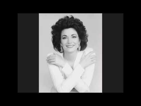 23 Sopranos Hits High D in ''Giudici ad Anna'' Anna Bolena