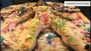 HOT !!! Restaurant Ini Menyajikan Sushi Di Atas Wanita Tanpa Buasa     nude sushi   