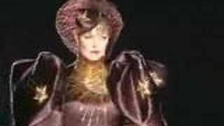 Christian Dior Fall-Winter 2000-2001 Haute Couture