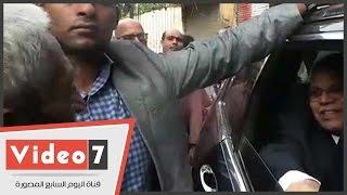 """محافظ القاهرة يرفض ترخيص مكتبة داخل عقار مخالف.. وصاحبها:""""مفيش فايدة"""""""