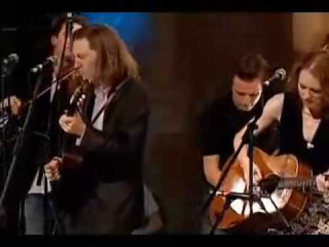 'The Weight' - Gillian Welch and Old Crow Medicine Show