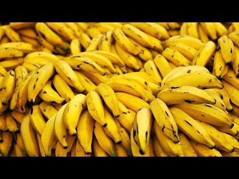 От бананов болит живот почему