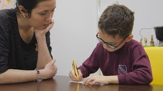 UTV. В Уфе будут бесплатно обучать родителей слепоглухих детей