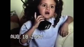 Baixar Selena Gomez calling to her mom when she was a little girl 😊📱