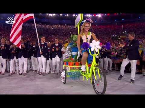 Olympic Channel: Michael Phelps Leads Team USA As Flag Bearer