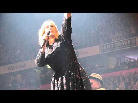 Adele chatting to the audience at Manchester Arena