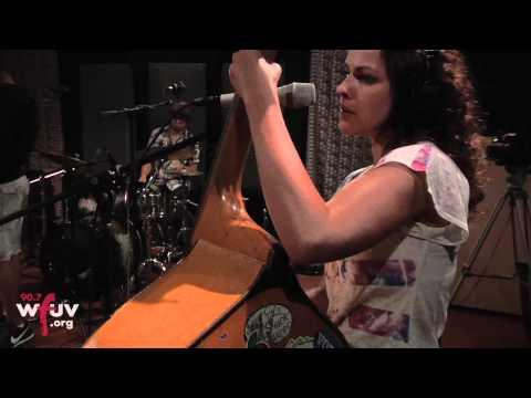 "Amy LaVere - ""Never Been Sadder"" (Live at WFUV)"