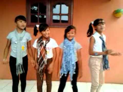 video dance lagu putih abu-abu