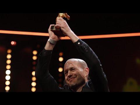فيلم -سينونمس- يفوز بجائزة الدب الذهبي في مهرجان برلين السينمائي…  - 23:53-2019 / 2 / 16