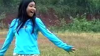 Lagu Desaku oleh fuji ( Buana Home Video )