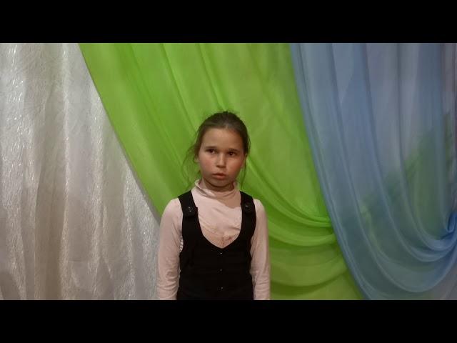 Изображение предпросмотра прочтения – ЕленаМоторина читает произведение «Ах, золотые деньки» М.И.Цветаевой