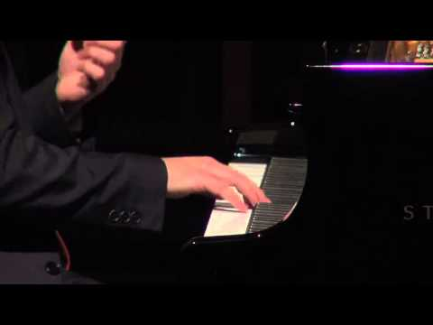 Ben Schoeman plays JS Bach's Toccata in C Minor BWV 911