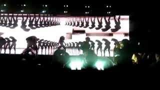 Beyoncé | Les Twins(Laurent) | Baby Boy | The Mrs Carter Show | Front Row