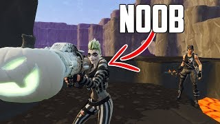 I Pretended to be a NOOB and Trade the RAREST WEAPON in Fortnite