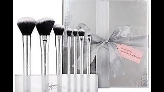 It Cosmetics Luxe Blurring Micro Airbrush 7 Piece Brush Collection - First Impression Thumbnail