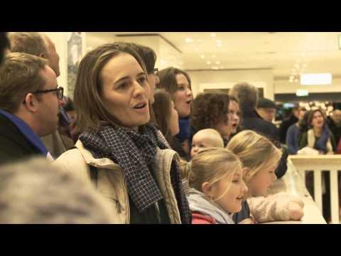 Gloria! - Flashmob der Berliner Stadtmission zum Advent