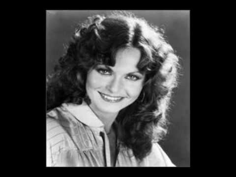 Jeannie C. Riley, Shed Me No Tear