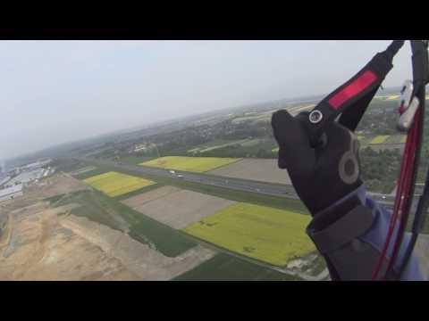 Lot koszący z lądowaniem