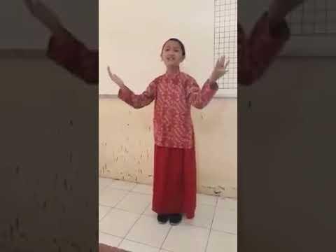 Anak Kecil Bersuara Emas