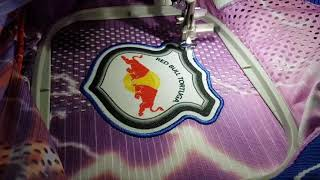 ESCUDO BORDADO 3D (RED BULL TORTUGA)