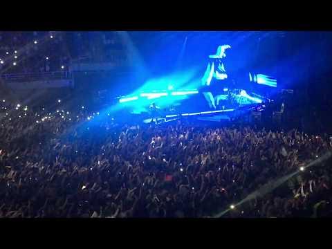 Billie Eilish - Ocean Eyes Live Concert In Moscow 2019