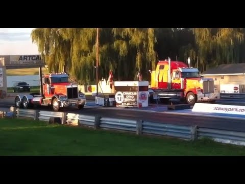 Transport trucks drag racing 1/4 mile 14.9