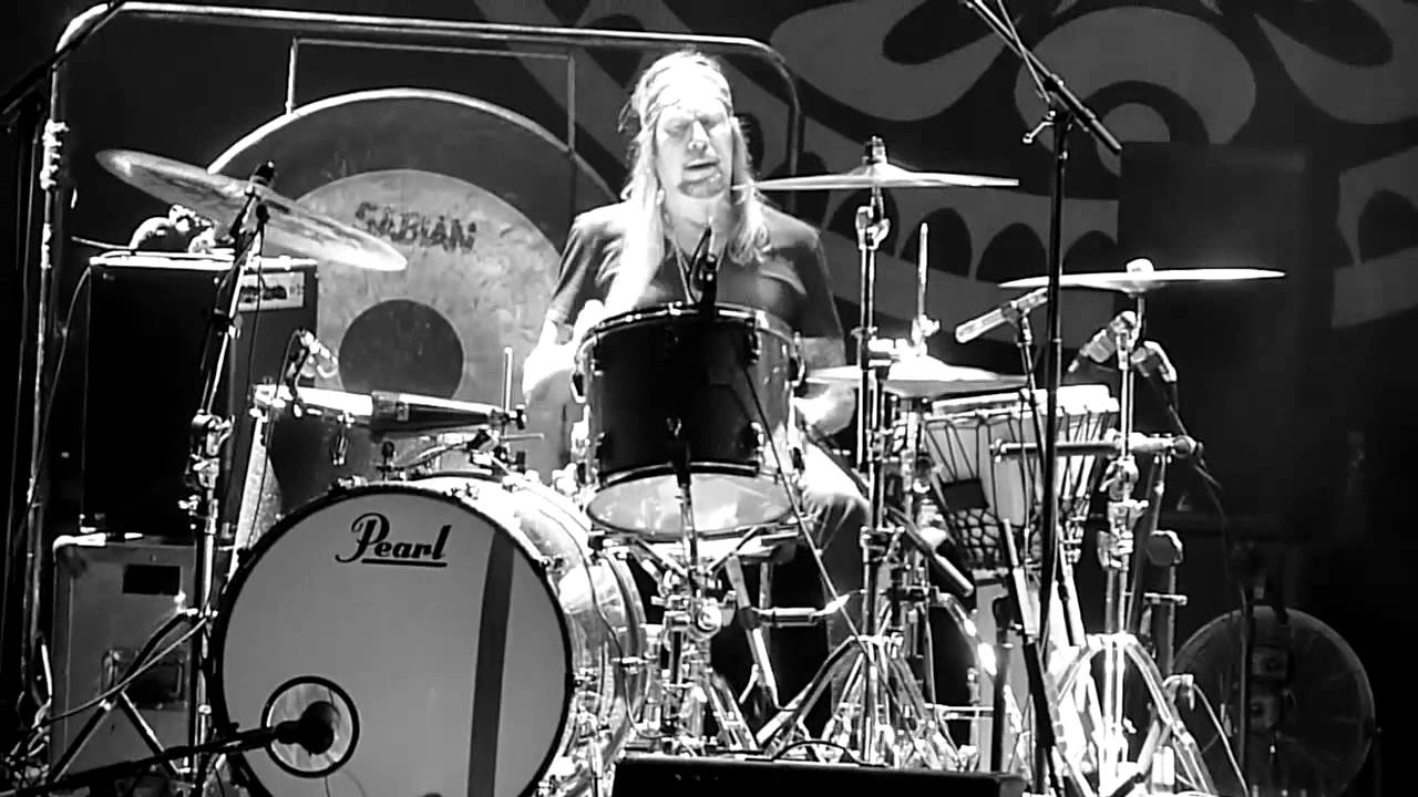 Gov't Mule - The End Matt Abts On Drums The End - 6-1-12 Mountain ...