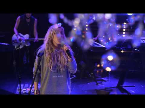 Ellie Goulding - Goodness Gracious (Live from Interscope Introducing)