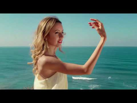♥ Ƹ̵̡Ӝ̵̨̄Ʒ ♥  The woman and the sea ~ Vasilis Saltagianis
