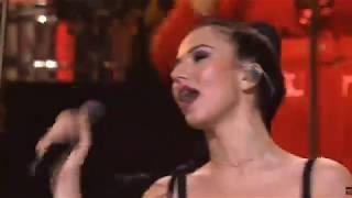 Ленинград Кольщик  ♪ ЖИВЬЁМ! Концерт в Москве 15 декабря 2018 ♪ Кольщик наколи мне брови