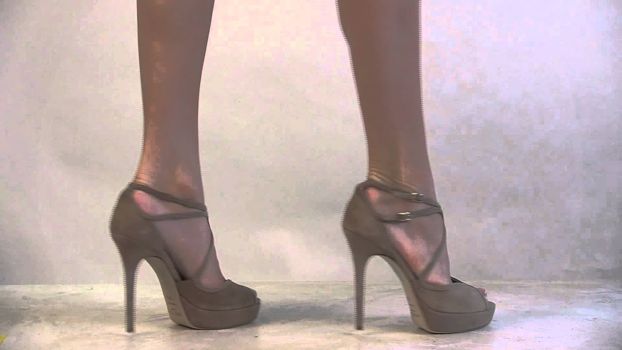 af7cb0215289 Footcandy Shoes Jimmy Choo Fairview - YouTube