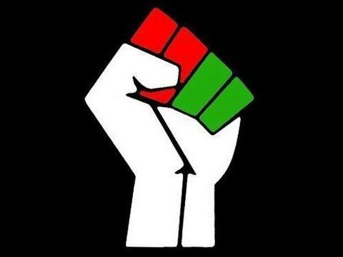 TOLOSAINA:Revolisionina:Wake up Madagascar(Rap Gasy 2013)
