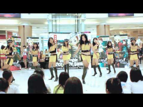 B.N. CHANZT Cover Mr.Taxi {SNSD} AT chamchuri square