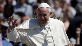 Pope Francis condemns Egypt attacks at Palm Sunday service