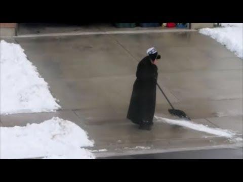 lady-shovels-driveway-for-2-hours*lol*