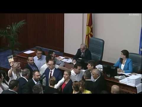 Џафери не им дава збор на пратениците од ВМРО-ДПМНЕ