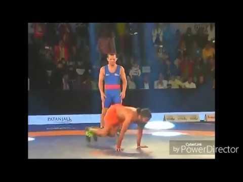 बाबा रामदेव ने की विदेशी पहलवान को धो-धोकर मारा : baba ramdev beat Andrey stadnik