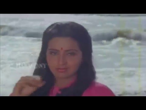 Pavizhamalli Poovurangi Lyrics - Vazhiyorakkazhchakal Malayalam Movie Songs Lyrics