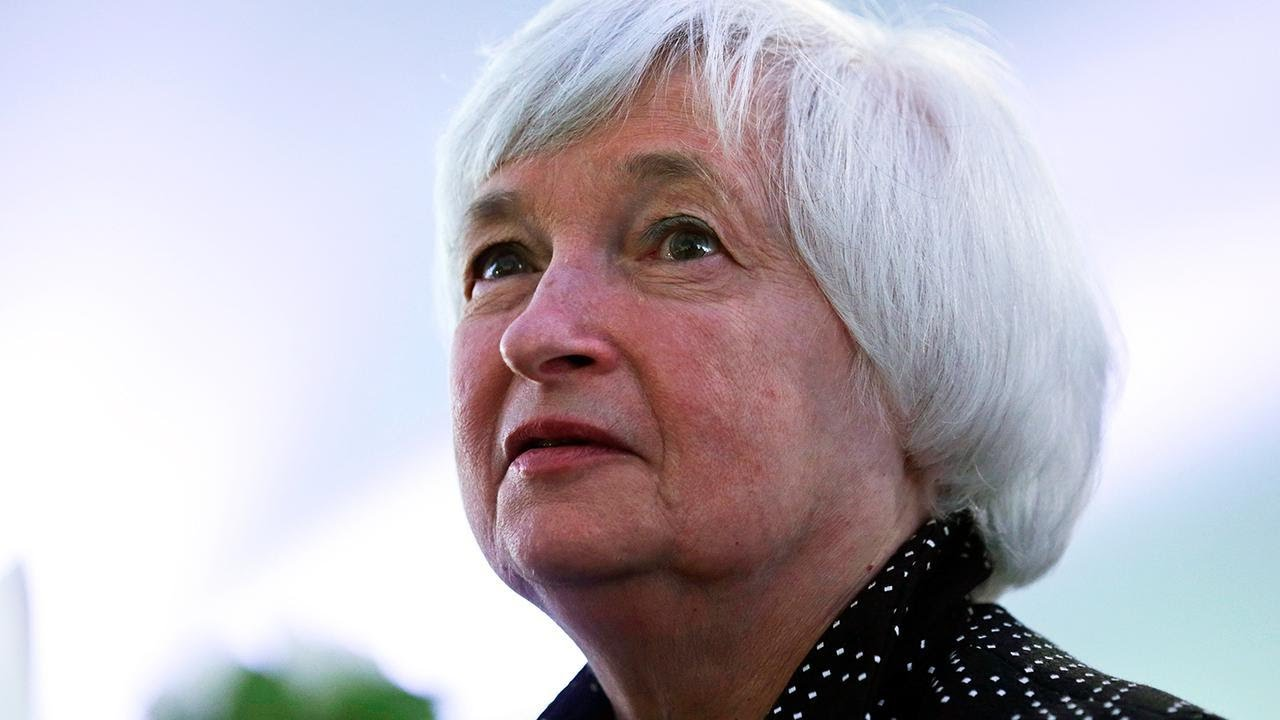 Fed Likely on Hold, but Could Give Clues on Possible December Rate Rise