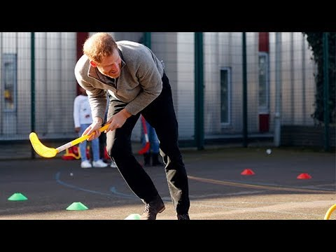 Prince Harry shows off sporting skills at London youth centre