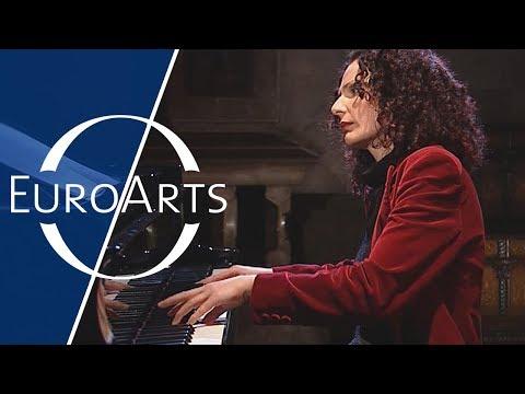Joanna McGregor: Bach - Prelude & Fugue No. 24 In B Minor BWV 869 | WTC Book I