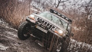 offroad on jeep grand cherokee wj 4 7 v8