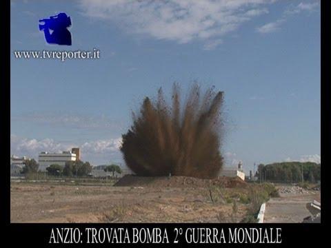 Pomigliano (NA) - Sequestrate 2,4 tonnellate di botti illegali (28.12.13)из YouTube · Длительность: 1 мин10 с