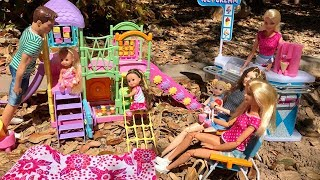 Barbie Family goes to the Playground!!