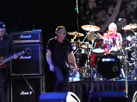 "Loverboy Toronto 2011, ""Only The Lucky Ones"". Great Video!"