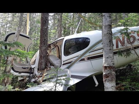 Elizabethany - VIDEO: Pilot vlogs his rescue after plane crash