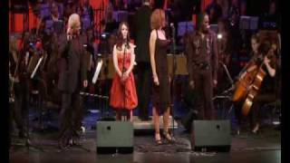 "Nicole Berendsen, Silvia Vicinelli, David Michael Johnson & Martin Berger sing ""Music"""