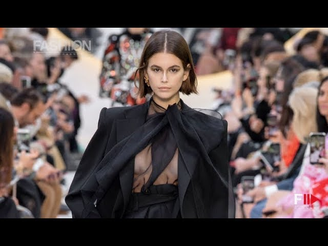 VALENTINO Spring Summer 2020 Paris - Fashion Channel